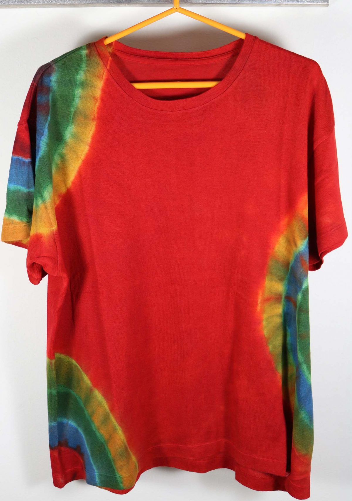 The Elder Statesman Tie Dye Cashmere Tshirt Red